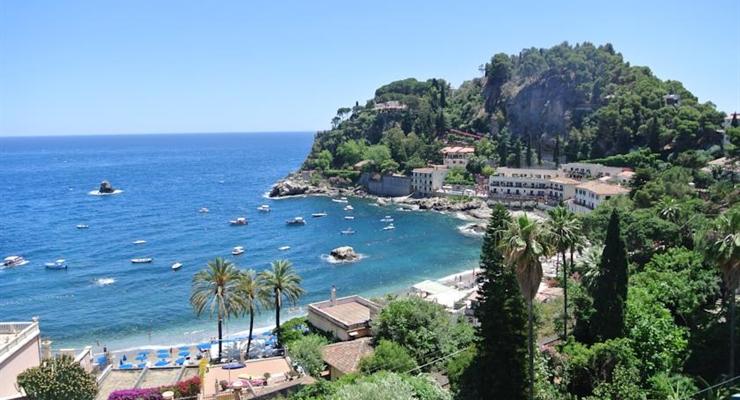 Taormina la finestra sul mediterraneo speciale prenota prima in hotel da sogno sul mare - La finestra sul mare taormina ...