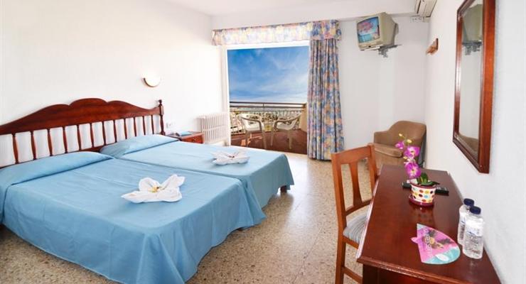 Hotel Ibiza Pensione Completa
