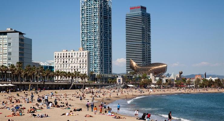 Estate a barcellona 8 giorni con volo tra movida e for Barcellona estate