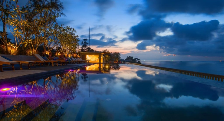 Surin Beach Resort - Thailandia